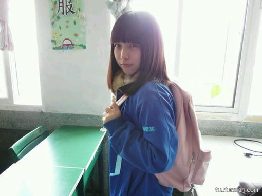 校服美女纯真诱惑 (40) - 乐归网 图片_hao123网