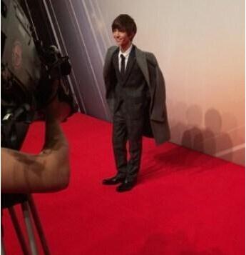 郭敬明专职摄影师 郭敬明身高对比图
